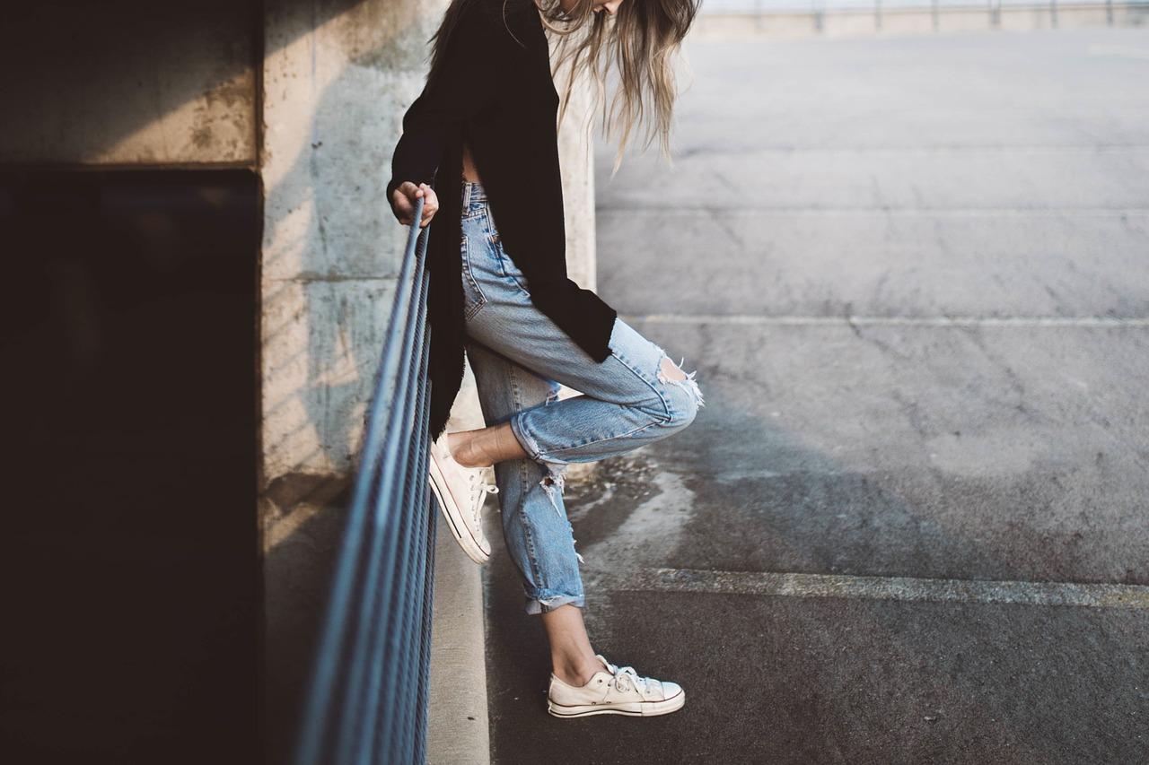 girl-983969_1280